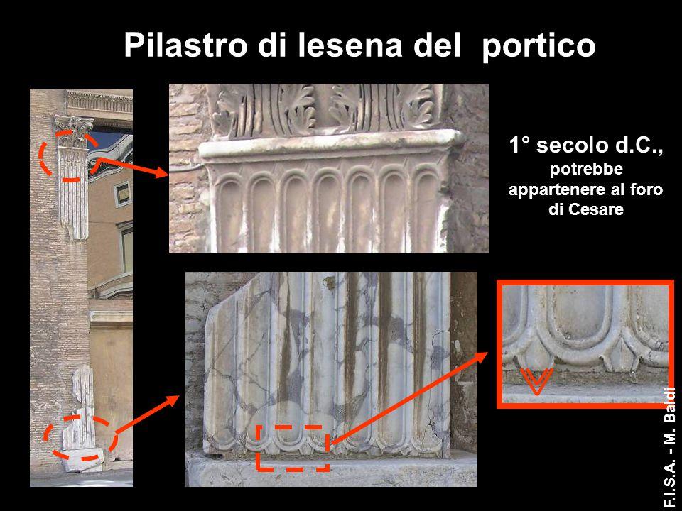 Pilastro di lesena del portico