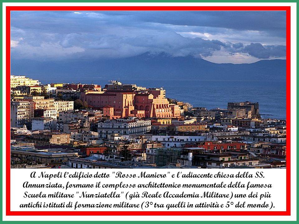 A Napoli l'edificio detto Rosso Maniero e l adiacente chiesa della SS.