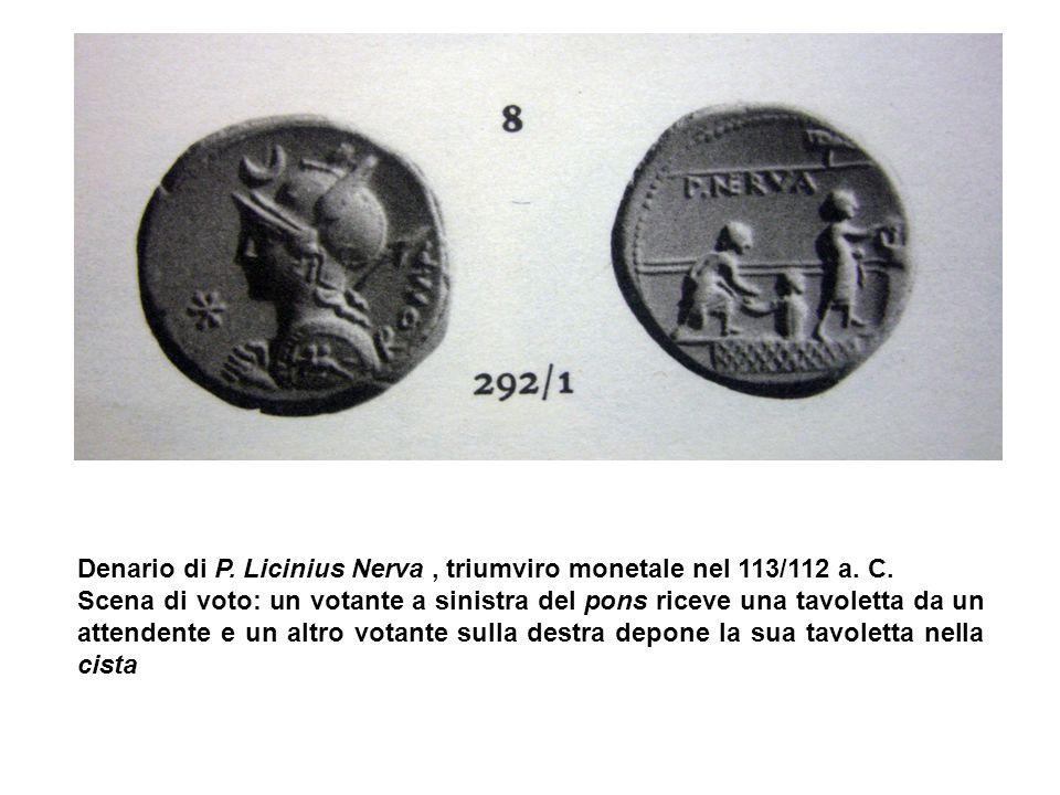 Denario di P. Licinius Nerva , triumviro monetale nel 113/112 a. C.
