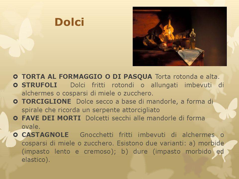 Dolci TORTA AL FORMAGGIO O DI PASQUA Torta rotonda e alta.