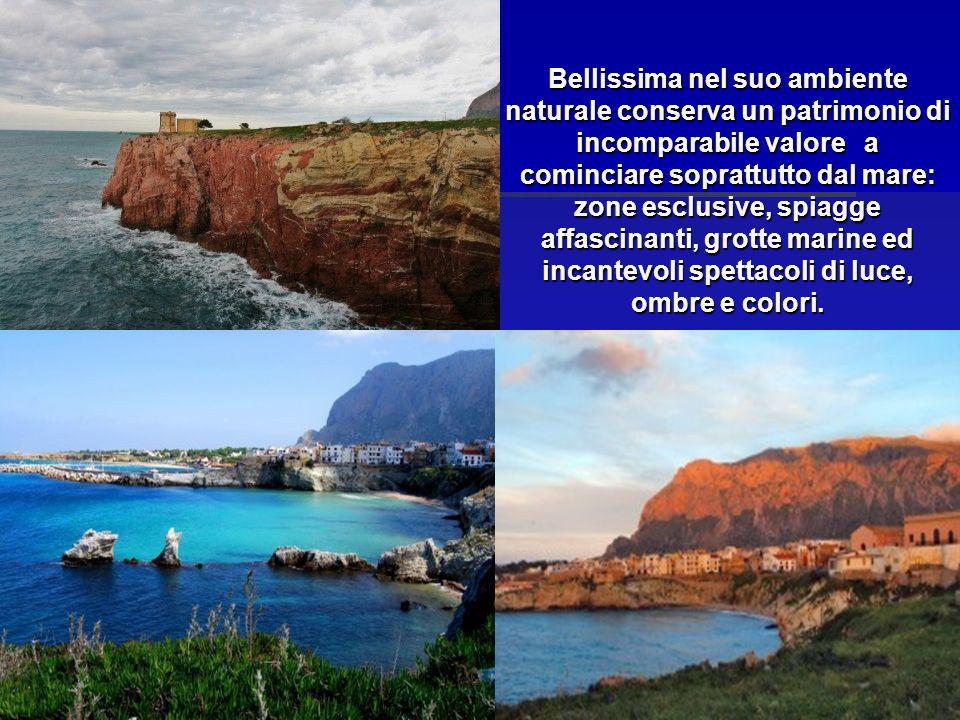 Bellissima nel suo ambiente naturale conserva un patrimonio di incomparabile valore a cominciare soprattutto dal mare: zone esclusive, spiagge affascinanti, grotte marine ed incantevoli spettacoli di luce, ombre e colori.