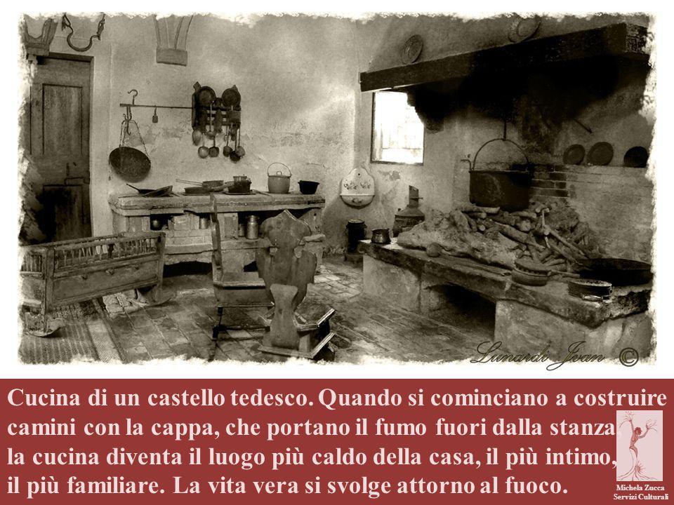 la cucina diventa il luogo più caldo della casa, il più intimo,
