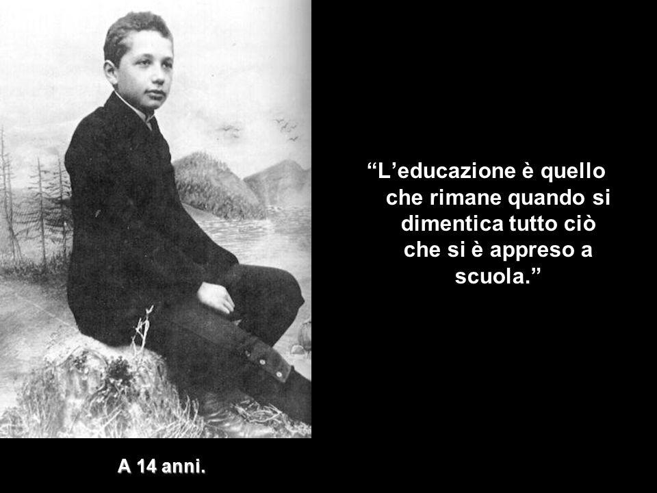 L'educazione è quello che rimane quando si dimentica tutto ciò che si è appreso a scuola.