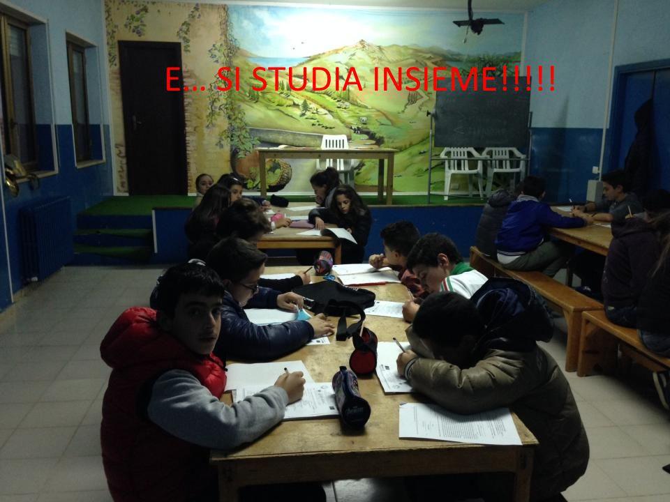 E… SI STUDIA INSIEME!!!!!