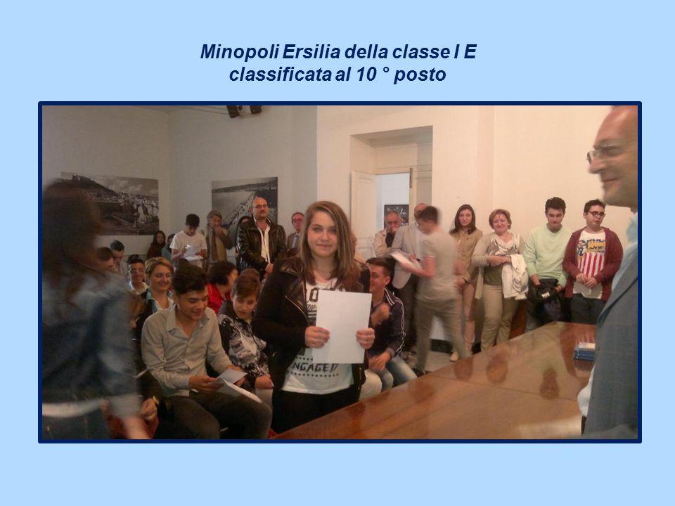 Minopoli Ersilia della classe I E classificata al 10 ° posto