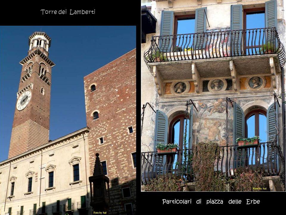 Torre dei Lamberti Particolari di piazza delle Erbe