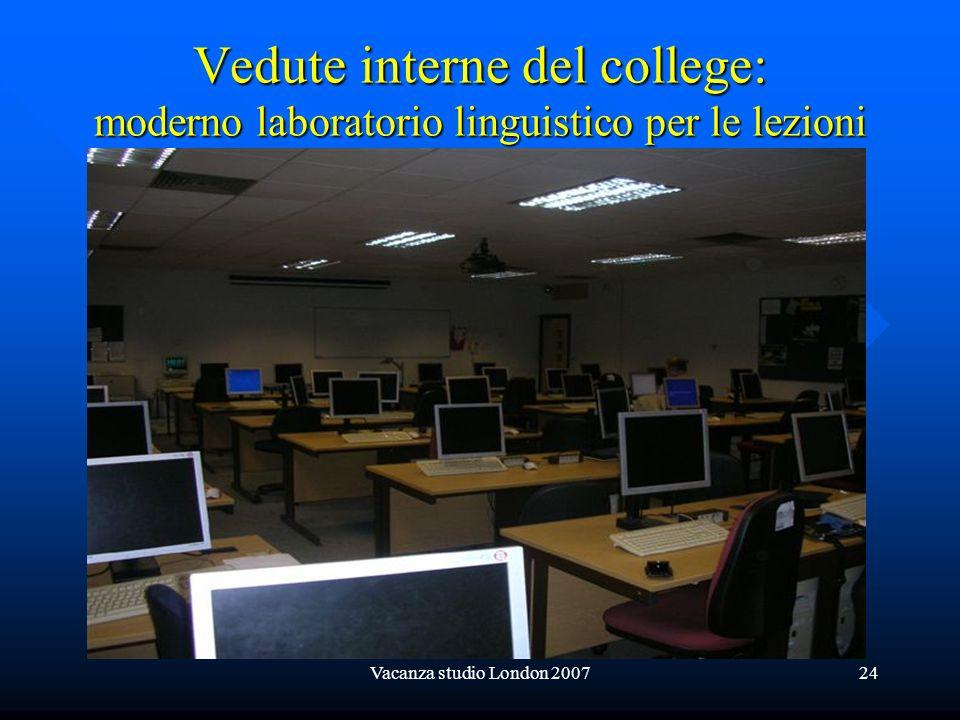 Vedute interne del college: moderno laboratorio linguistico per le lezioni