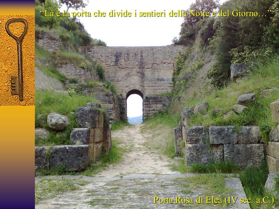 Là è la porta che divide i sentieri della Notte e del Giorno…