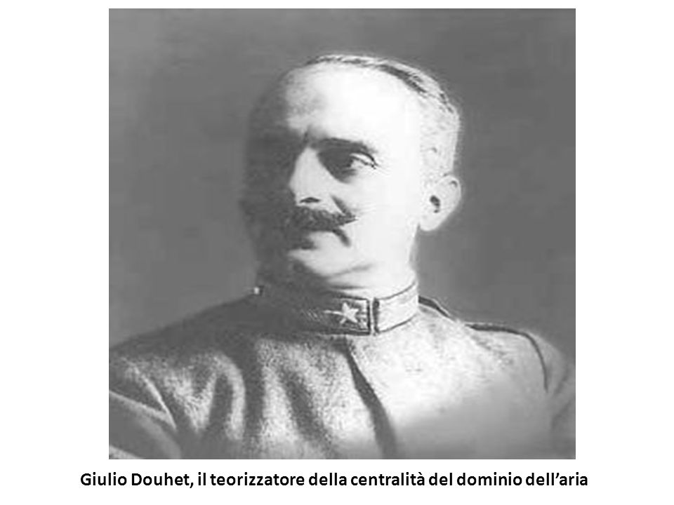 Giulio Douhet, il teorizzatore della centralità del dominio dell'aria