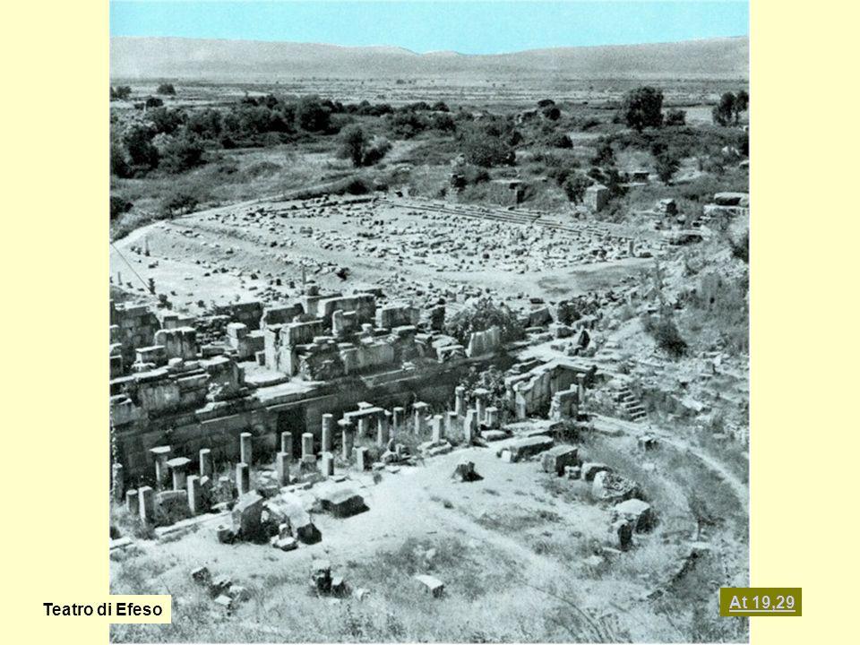 At 19,29 Teatro di Efeso
