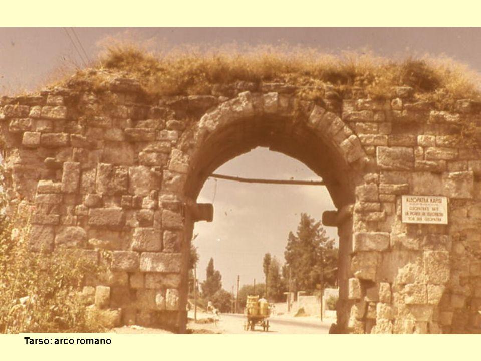 Tarso: arco romano