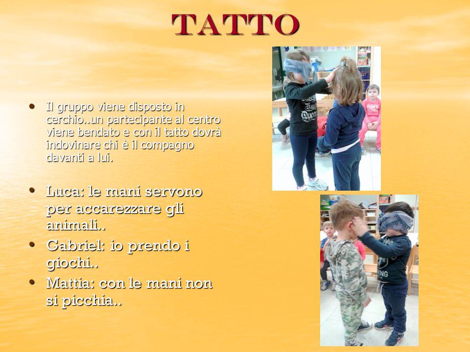 Tatto Luca: le mani servono per accarezzare gli animali..