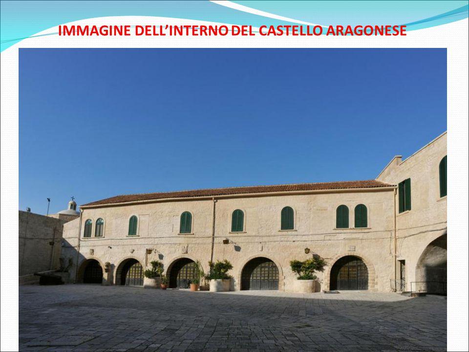 IMMAGINE DELL'INTERNO DEL CASTELLO ARAGONESE