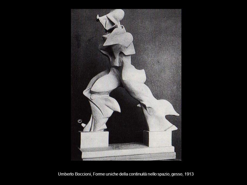 Umberto Boccioni, Forme uniche della continuità nello spazio, gesso, 1913