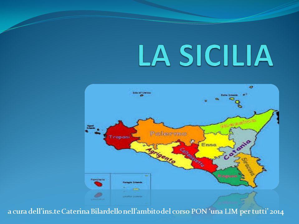LA SICILIA a cura dell'ins.te Caterina Bilardello nell'ambito del corso PON 'una LIM per tutti' 2014.