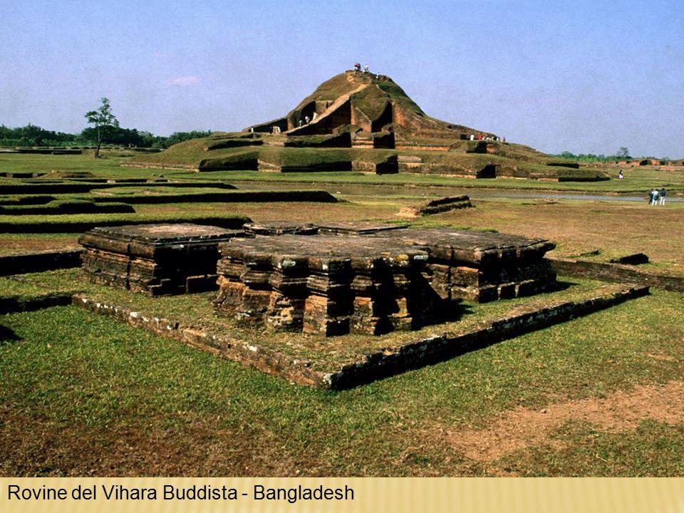 Rovine del Vihara Buddista - Bangladesh