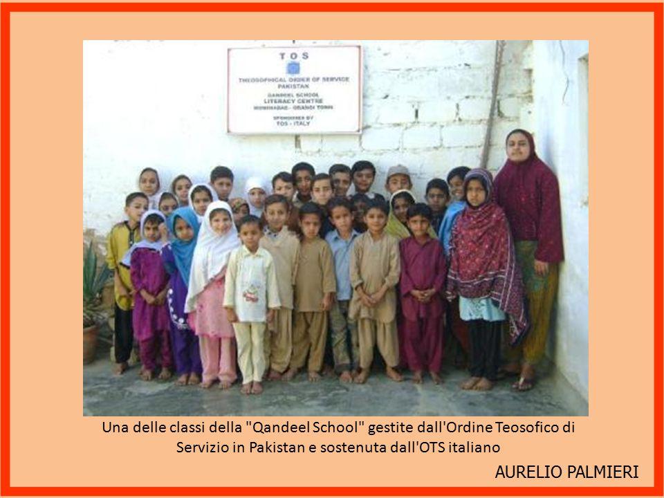 Una delle classi della Qandeel School gestite dall Ordine Teosofico di Servizio in Pakistan e sostenuta dall OTS italiano