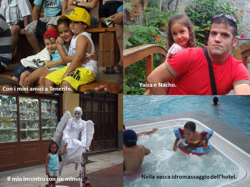 Yaiza e Nacho.Con i miei amici a Tenerife.Nella vasca idromassaggio dell'hotel.