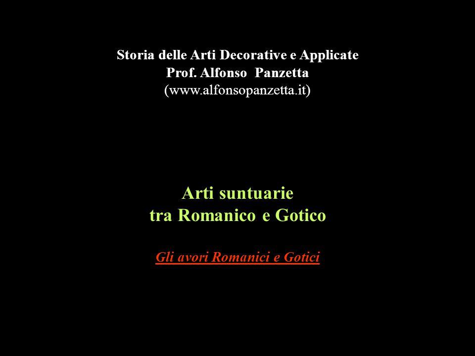 Arti suntuarie tra Romanico e Gotico Gli avori Romanici e Gotici
