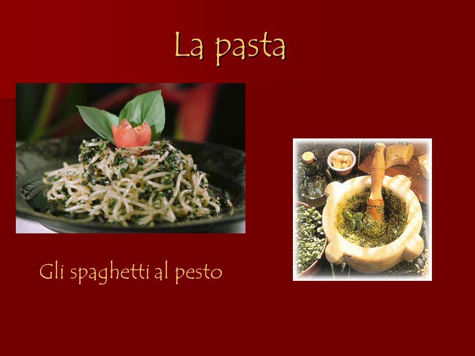 La pasta Gli spaghetti al pesto