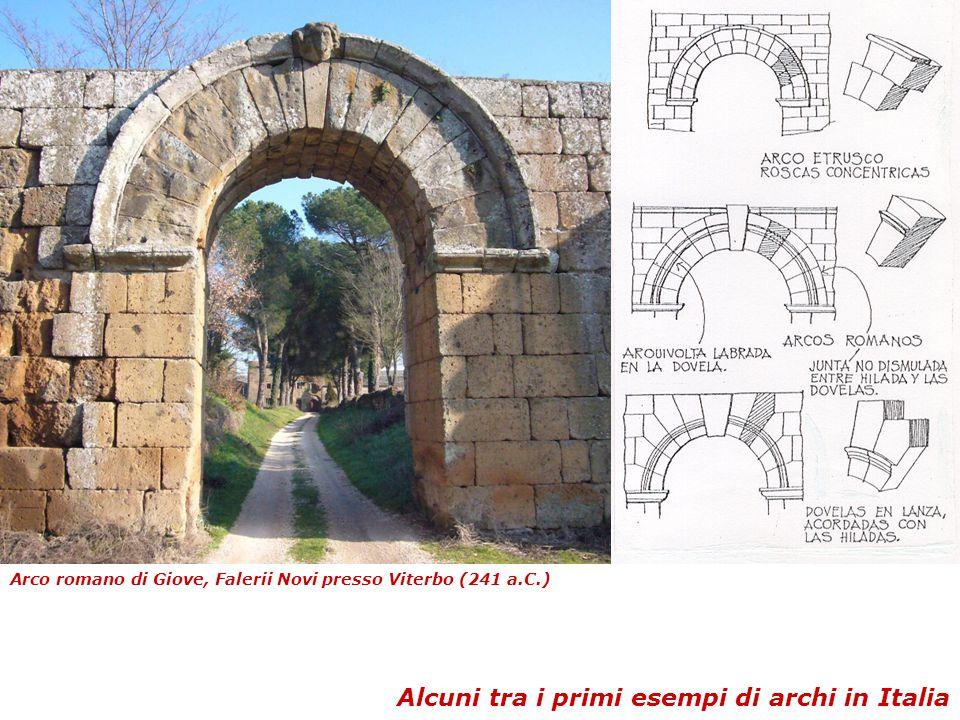 Alcuni tra i primi esempi di archi in Italia