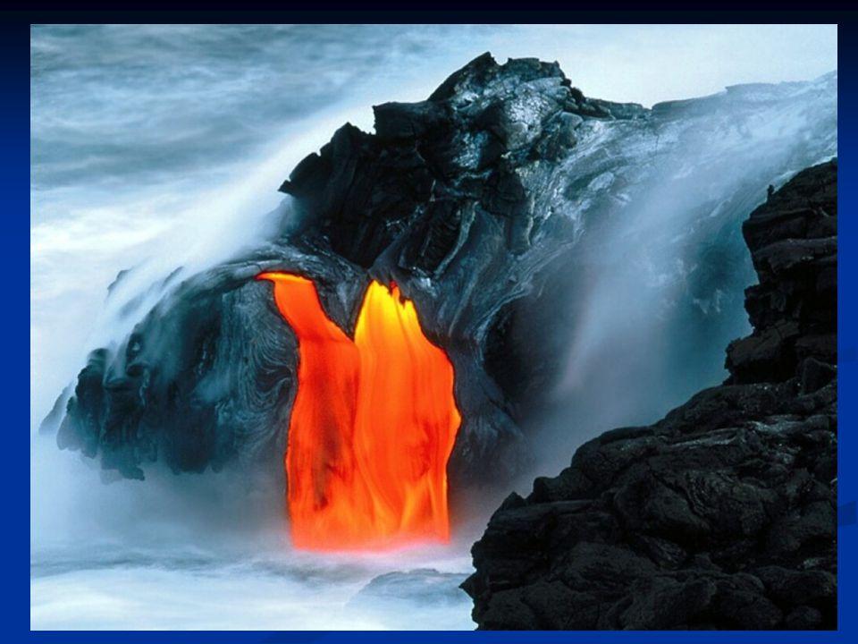 Al vapore acqueo eruttato dai vulcani si è aggiunto il contributo di acqua apportato dalla caduta delle comete sulla superficie del pianeta