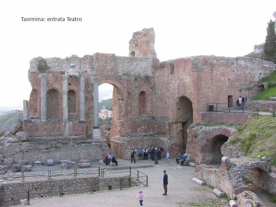Taormina: entrata Teatro