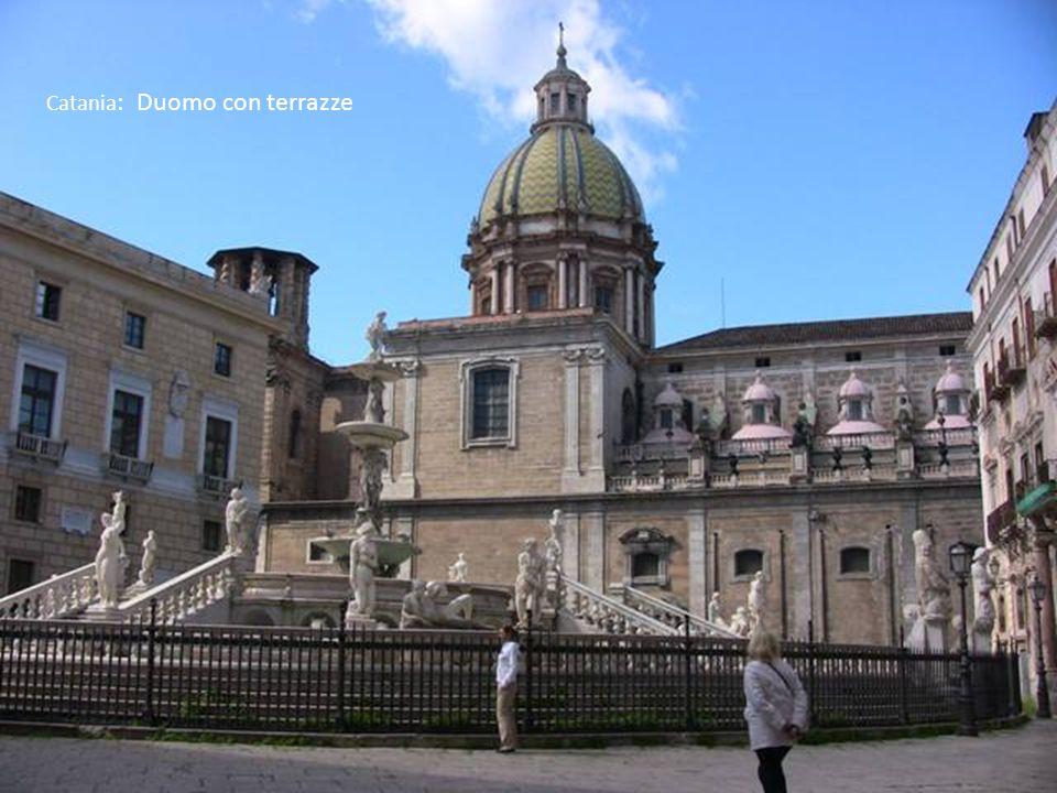 Catania: Duomo con terrazze