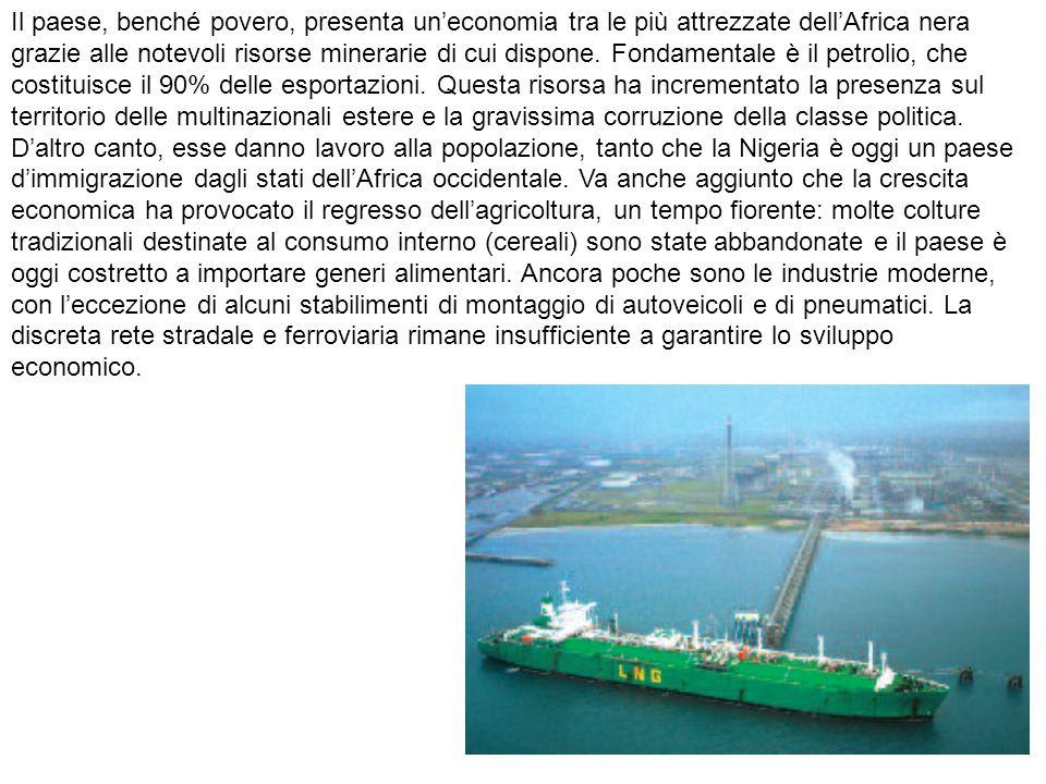 Il paese, benché povero, presenta un'economia tra le più attrezzate dell'Africa nera grazie alle notevoli risorse minerarie di cui dispone.