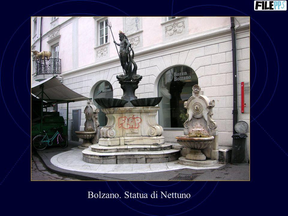 Bolzano. Statua di Nettuno