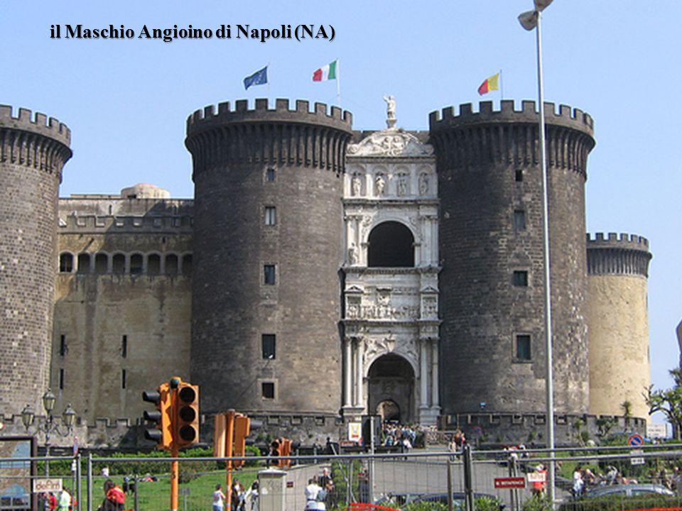 il Maschio Angioino di Napoli (NA)