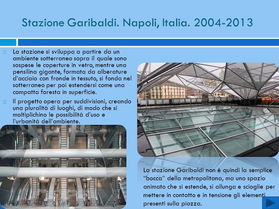 Stazione Garibaldi. Napoli, Italia. 2004-2013