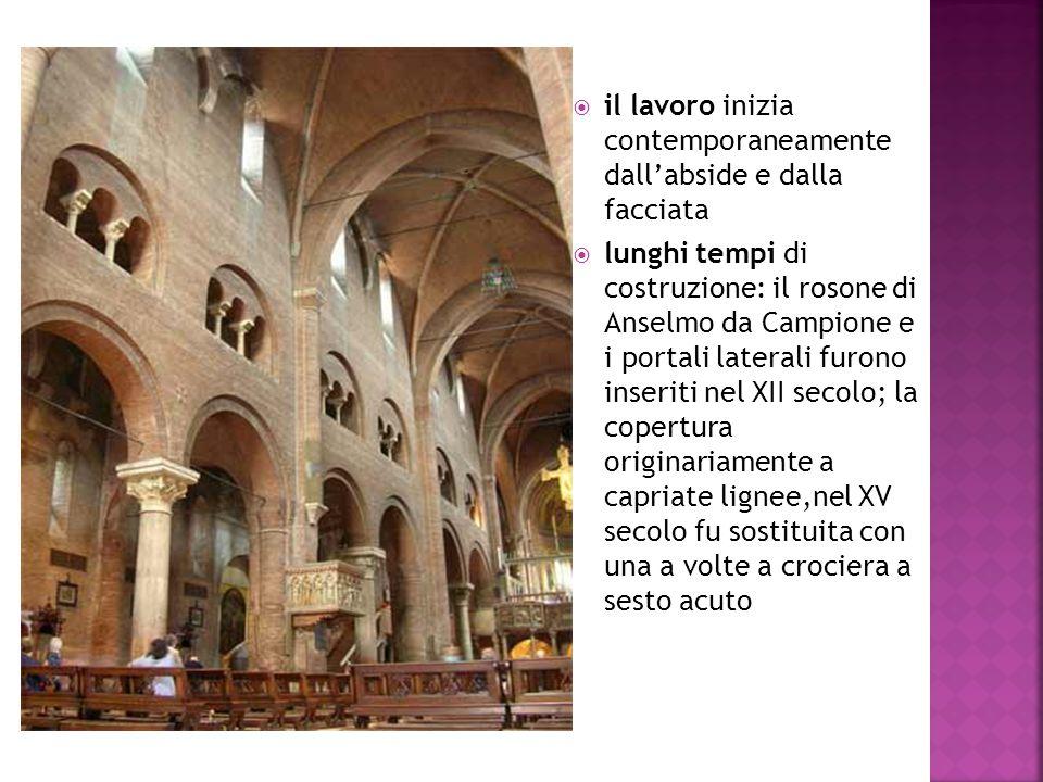 il lavoro inizia contemporaneamente dall'abside e dalla facciata
