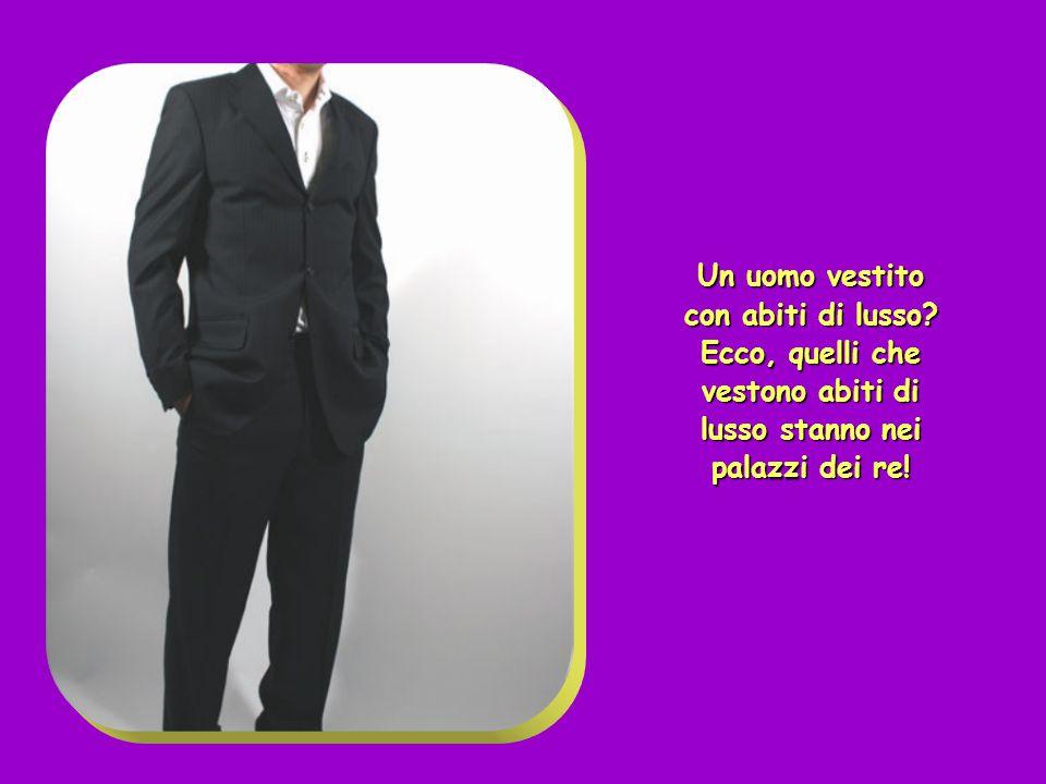 Un uomo vestito con abiti di lusso