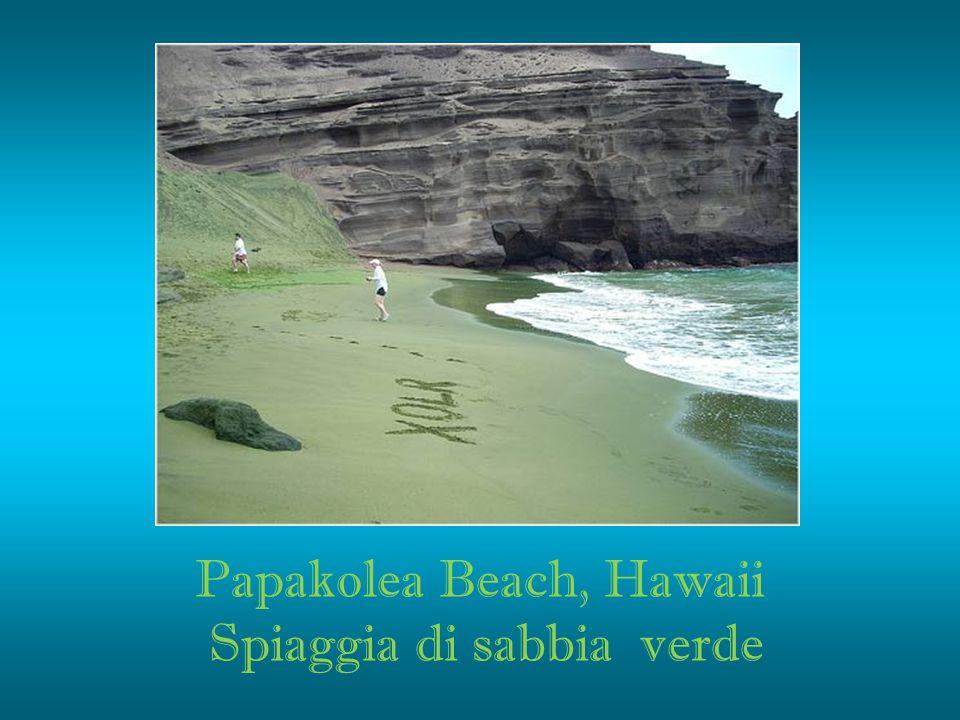 Papakolea Beach, Hawaii Spiaggia di sabbia verde