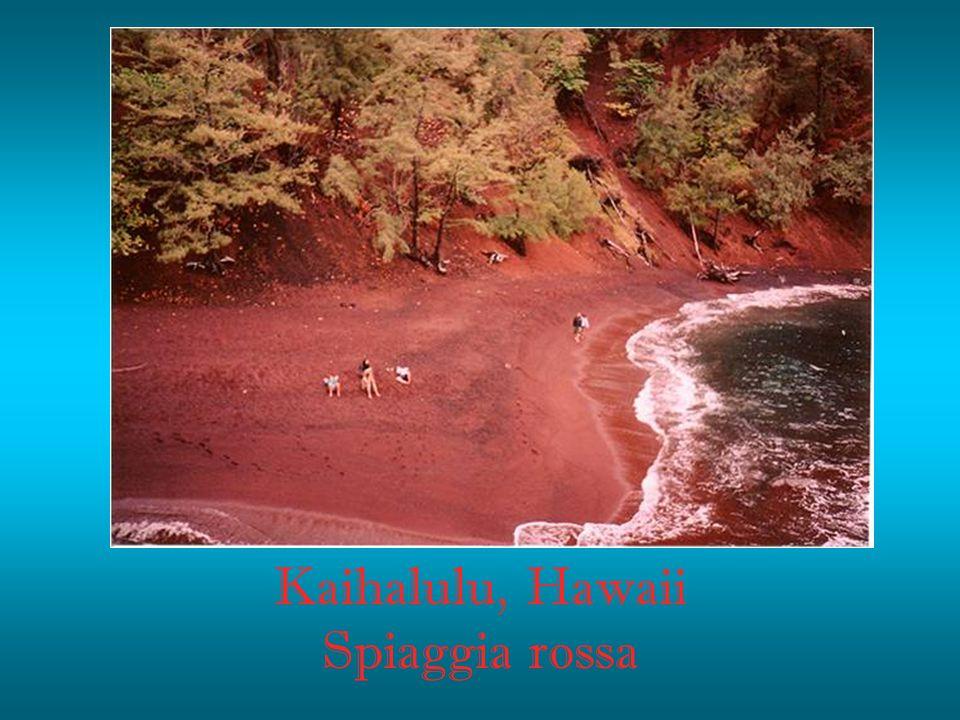Kaihalulu, Hawaii Spiaggia rossa