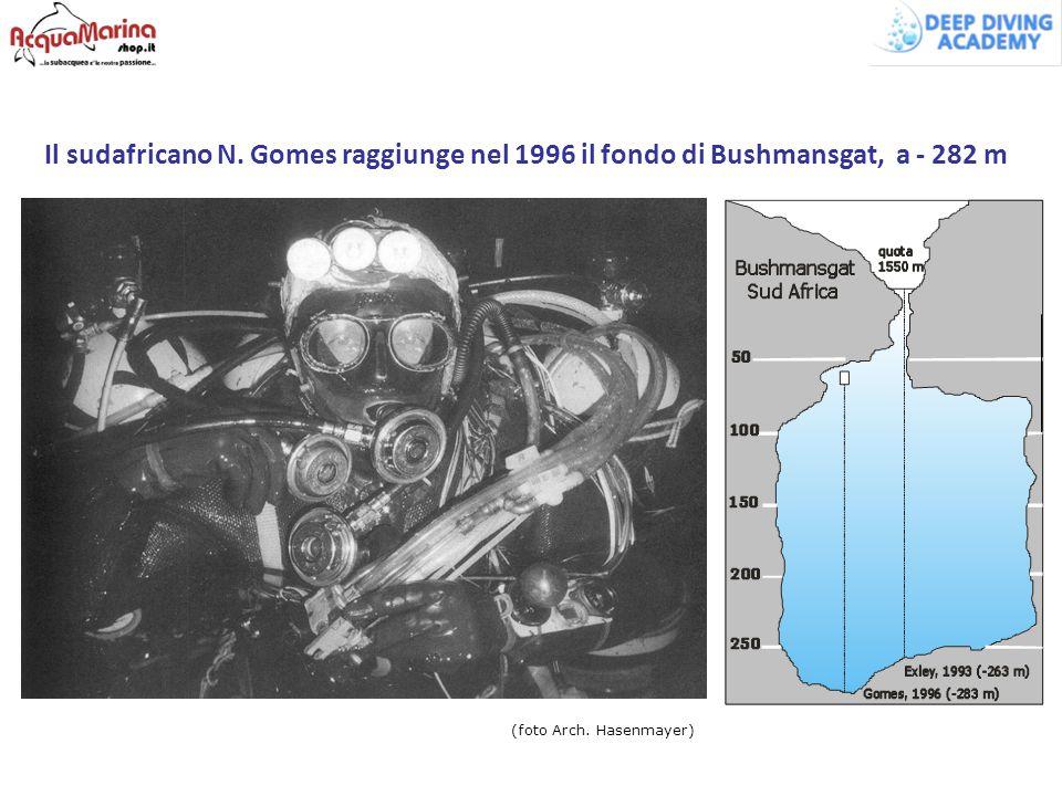 Il sudafricano N. Gomes raggiunge nel 1996 il fondo di Bushmansgat, a - 282 m