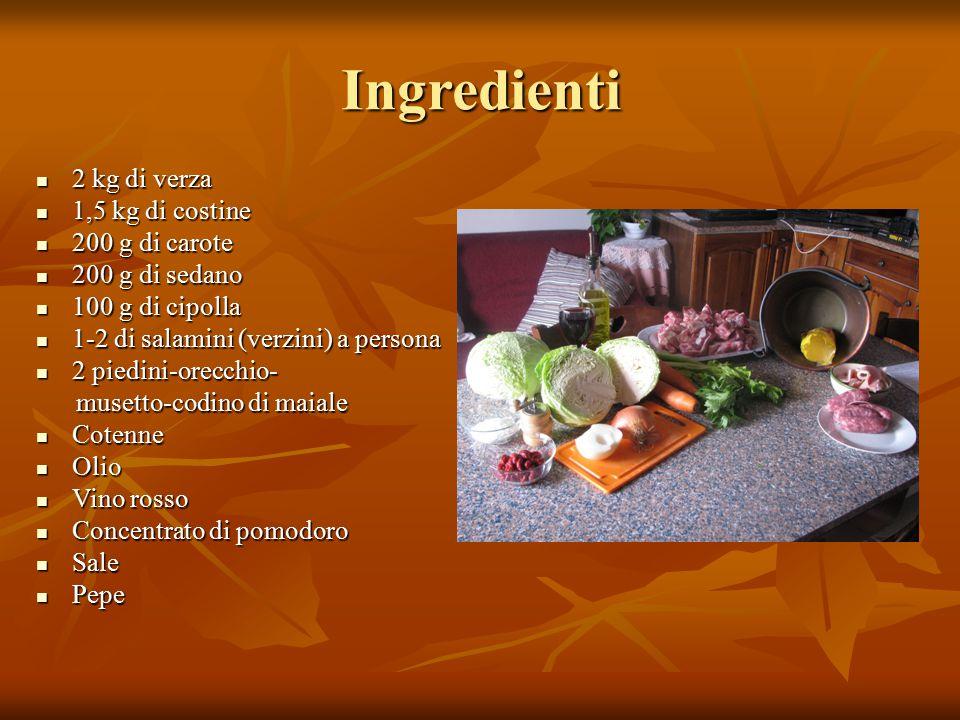 Ingredienti 2 kg di verza 1,5 kg di costine 200 g di carote