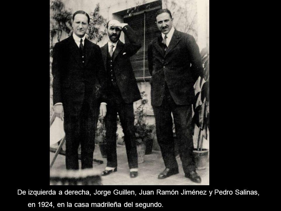De izquierda a derecha, Jorge Guillen, Juan Ramón Jiménez y Pedro Salinas, en 1924, en la casa madrileña del segundo.