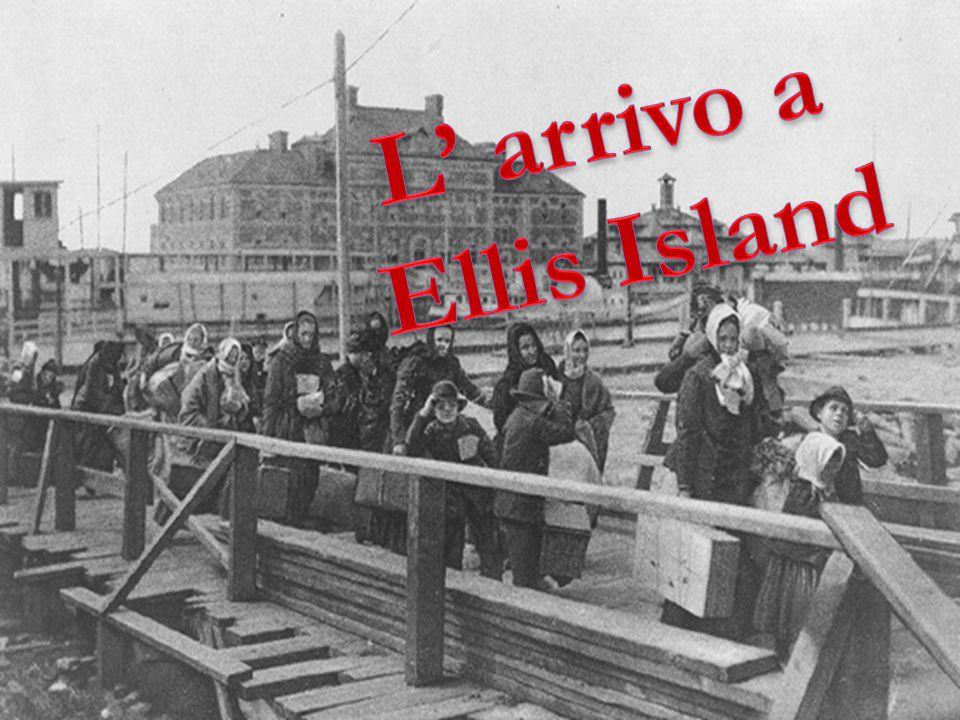 L' arrivo a Ellis Island