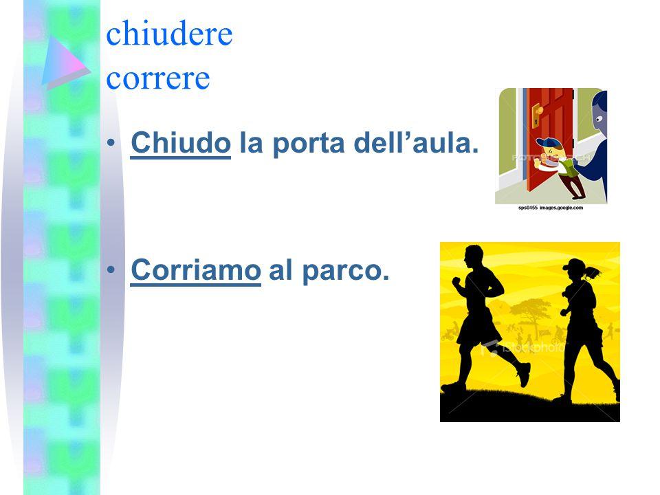 chiudere correre Chiudo la porta dell'aula. Corriamo al parco.