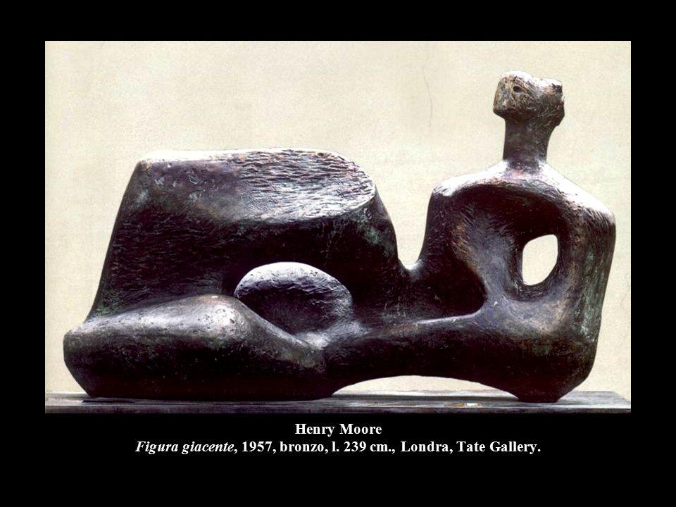 Henry Moore Figura giacente, 1957, bronzo, l. 239 cm