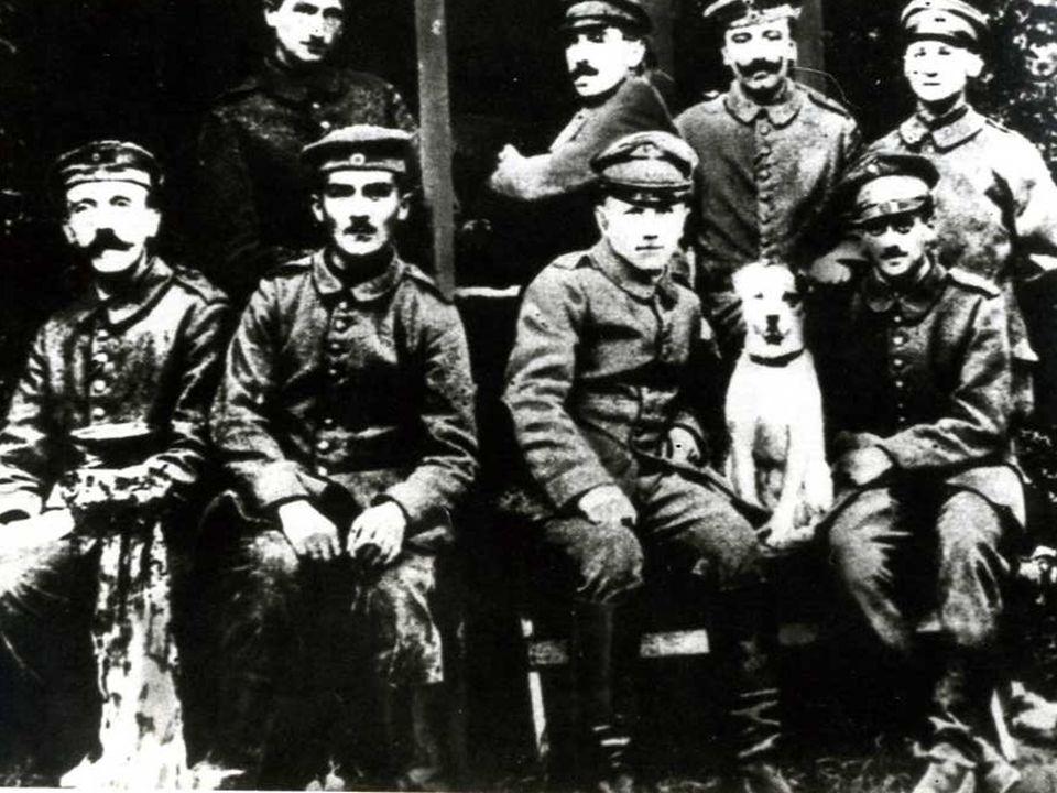 Hitler fra alcuni commilitoni