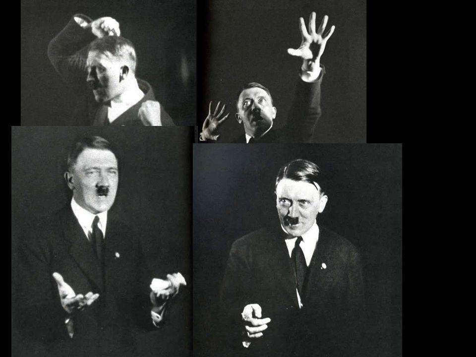 Le celebri foto di Heinrich Hoffmann mentre Hitler prova gli atteggiamenti da assumere durante i discorsi.