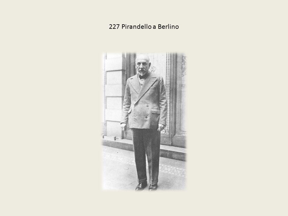 227 Pirandello a Berlino