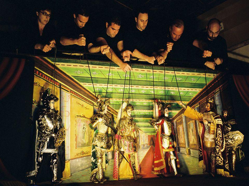 I Pupi Siciliani Vere e proprie opere d'arte sono i Pupi Siciliani, che richiedono lavorazioni di alto livello.