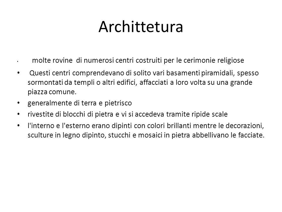 Archittetura molte rovine di numerosi centri costruiti per le cerimonie religiose.