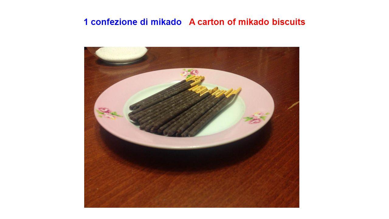 1 confezione di mikado A carton of mikado biscuits