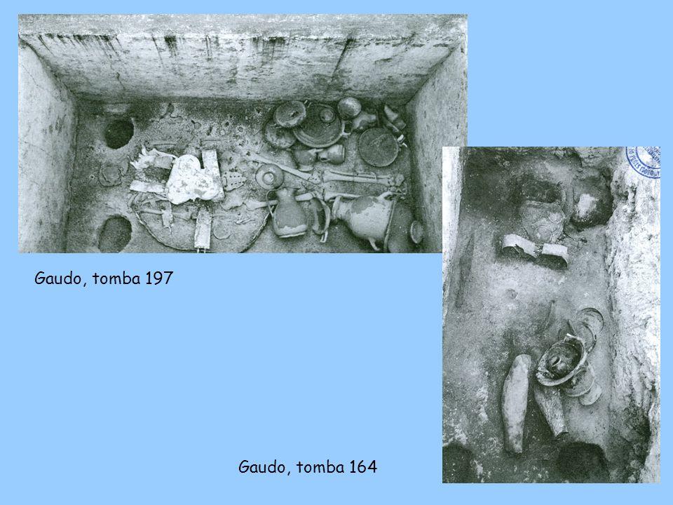 Gaudo, tomba 197 Primi decenni del IV secolo a.C. Gaudo, tomba 164