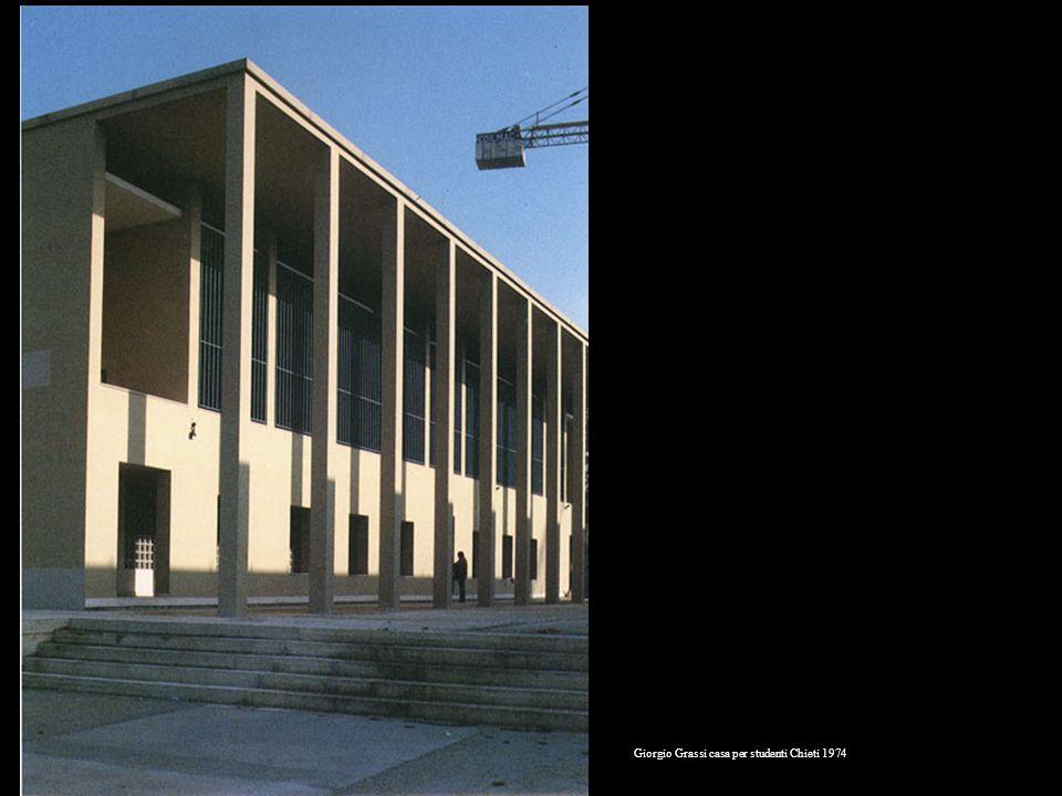 Giorgio Grassi casa per studenti Chieti 1974